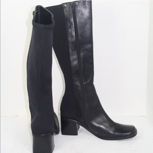 NWOT tall black boots